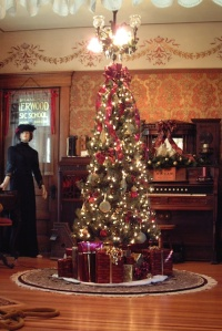 Victorian House Christmas Tree