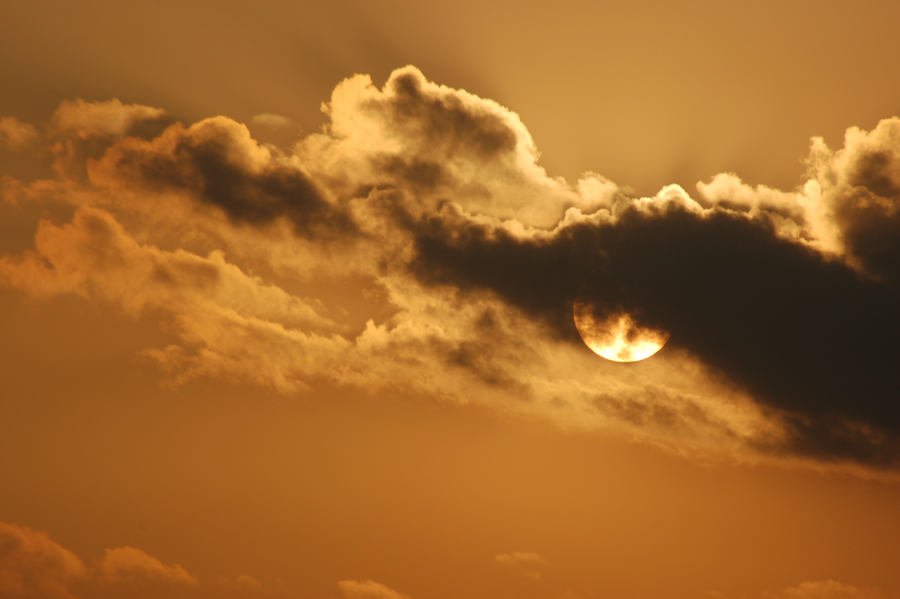 Eerie sunset by Bruce Stambaugh
