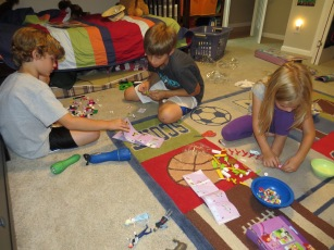 cooperation teamwork Legos