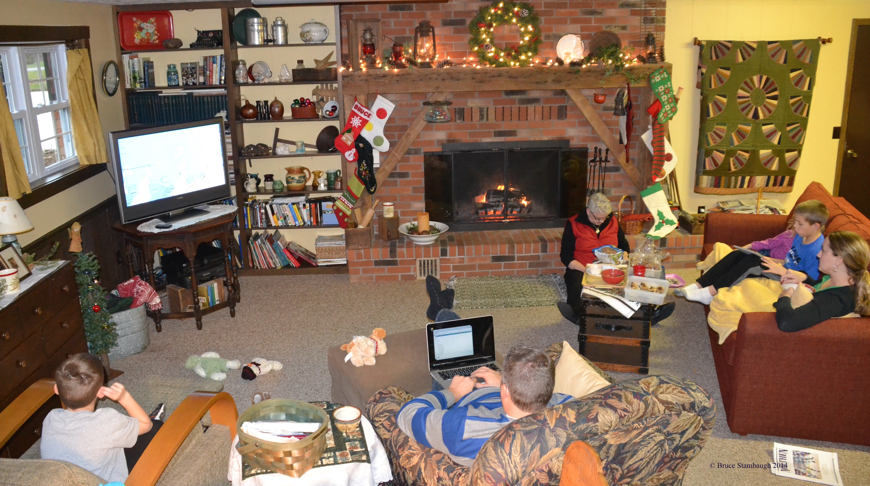 family, Christmas, family holiday gathering