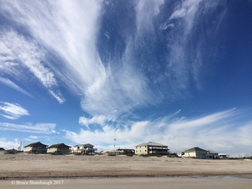 cirrus clouds, beach