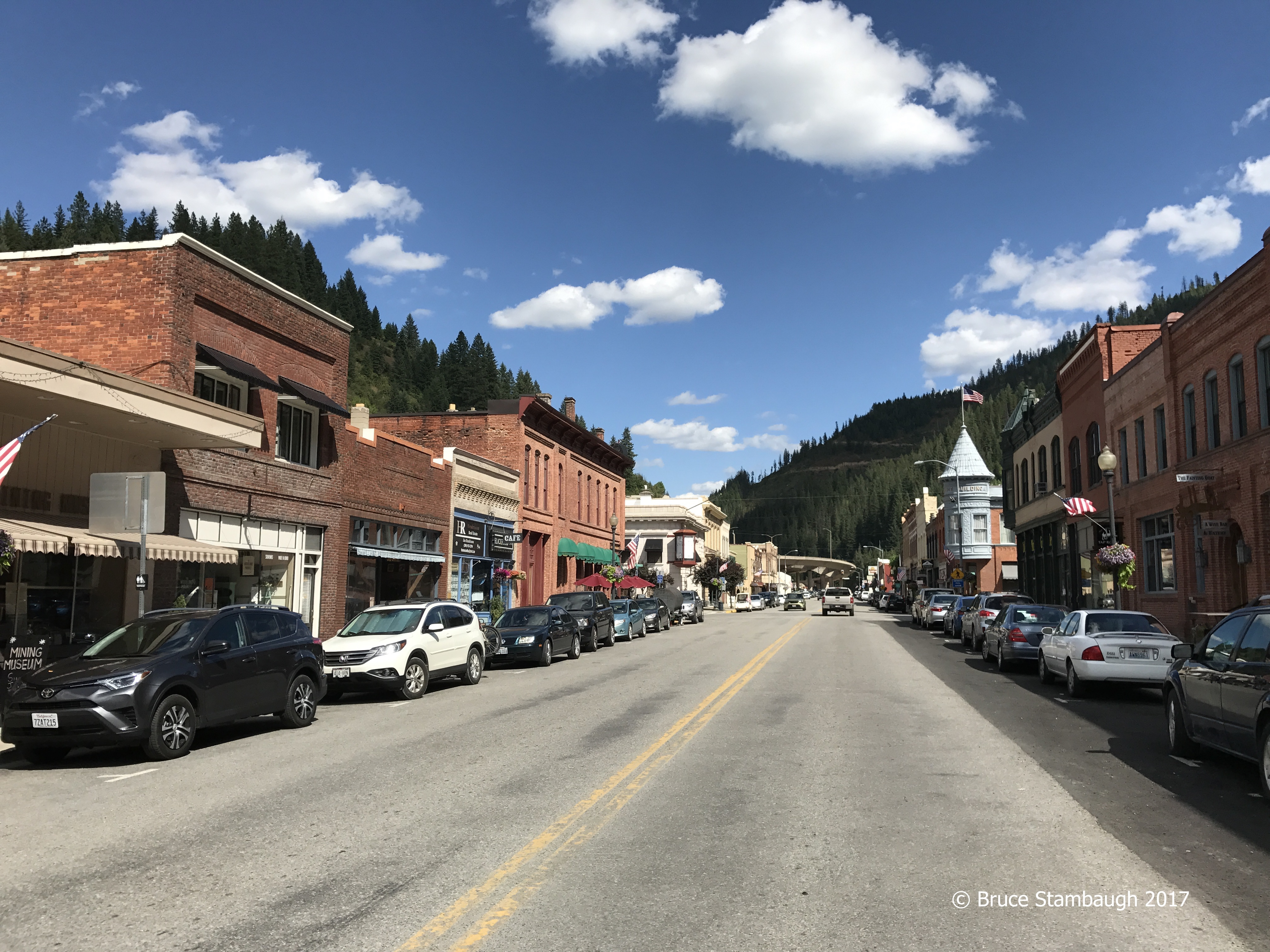 Center of the Universe, Wallace ID